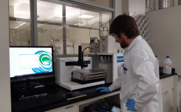 New AM73 Autosampler is installed at the University of Alberta